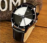 YAZOLE Women's Fashion Watch Casual Watch Casual Watch Quartz Leather Band Black White Red Strap Watch