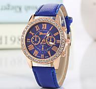 Женские Модные часы Наручные часы Стразы Имитация Алмазный Кварцевый PU Группа Блестящие С подвесками ПовседневнаяЧерный Белый Красный
