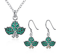 Christmas Leaves Cute Jewelry Sets Silver Plated NecklaceEarrings for Women Girls Christmas Gifts Wholesale Bijoux PCS925