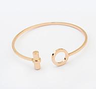 Damen Manschetten-Armbänder Punkstil Modisch Europäisch Stahl Silber Golden Schmuck Für Geburtstag 1 Stück