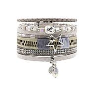Кожаные браслеты Дружба Мода Богемия Стиль Ручная работа Кожа Стразы Сплав В форме цветка В форме звезды Бижутерия Назначение Свадьба Для