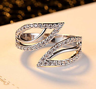May Polly  New fashion double leaf Platinum Plated CZ Ring