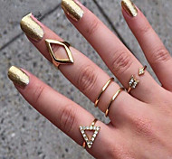 MPL European and American fashion diamond triangle diamond ring