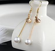 Orecchini a goccia Perle finte Vintage Lega Rotondo Oro Gioielli Per Occasioni speciali Compleanno Quotidiano Casual 1 paio