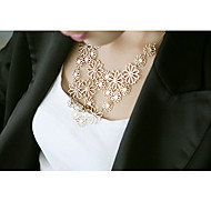 Romantic Camellia Japonica Hollow Statement Necklace