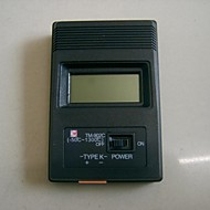 """TM902C 휴대용 2 """"스크린 디지털 온도계"""