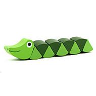 brinquedo de madeira lagarta verde