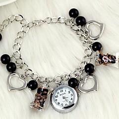 fashionabla kvinnors hjärtformade pärlor kristallglas armband klocka (1st)