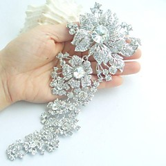Women's Trendy Alloy Silver-tone Rhinestone Crystal Flower Wedding Bridal Brooch Pin