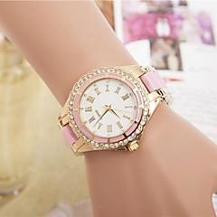 La montre-bracelet à quartz de ceinture strass en acier de la mode des femmes (couleurs assorties)