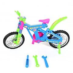montering plast sykkel leketøy
