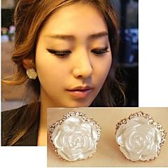 Sweet Imitation Pearl White Rose Shining Diamond Edge Earrings
