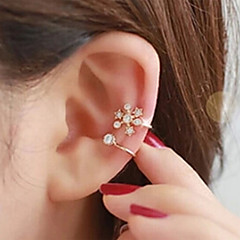 Earring Ear Cuffs Jewelry Women Wedding / Party / Daily / Casual Alloy / Rhinestone 1pc Gold / Silver