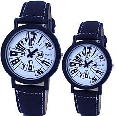 Couple's Circular Quartz Fashion Belt Watch Cool Watches Unique Watches