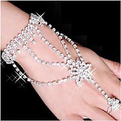 Naisten Wrap Rannekorut Rannekoru-sormukset Tekojalokivi Hopeoitu jäljitelmä Diamond Metalliseos Star Shape Valkoinen Korut VartenParty