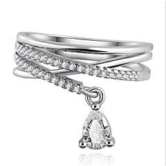 Lureme®  European Style Fashion  Luxury Water Drop Zircon Cross Alloy Rings
