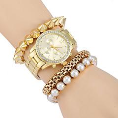 Bayanların Moda Saat Sahte Elmas Saat Gündelik Saatler Quartz Alaşım Bant Lüks Altın Rengi