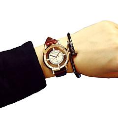 mode quartz eenvoudige ongedwongen horloges lederen gordel om legering bellen hol uit lucency mannen koele horloges unieke horloges