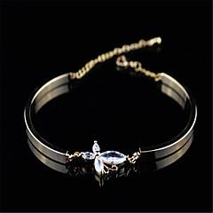 Női Lánc & láncszem karkötők Cirkonium Kocka cirkónia Réz 18K arany Divat luxus ékszer Circle Shape Ezüst Ékszerek 1db