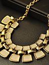 Золотой Заявление ожерелья Сплав Для вечеринок / Повседневные Бижутерия