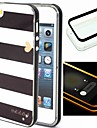 2-in-1 Black And White Case Pattern TPU Back Cover with PC Bumper Shockproof Soft Case for iPhone 5/5S